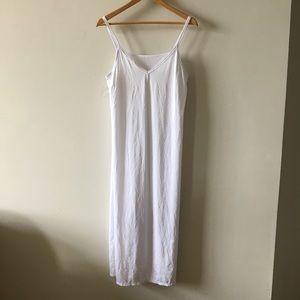 White shaper maxi dress slip size Large a4ec13091